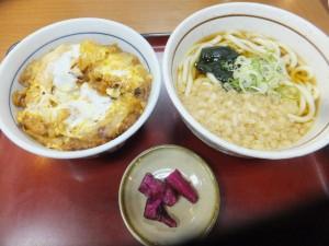 山田うどん (2)